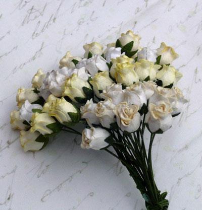 10 x 12 mm Rose Buds Mixed White/Cream