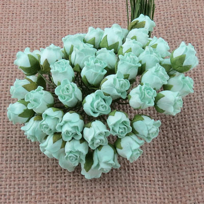 10 x 12 mm Rose Bud Pastel Green